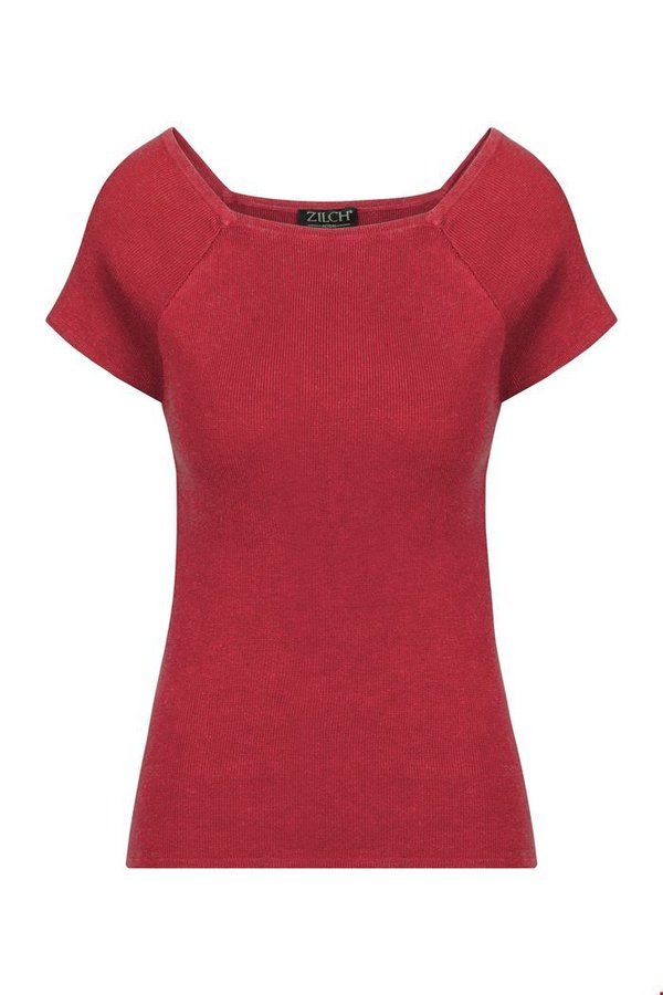 Top bamboo blossom red
